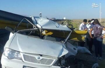 لحظه هولناک سقوط خودرو از روی پل در اصفهان / فیلم