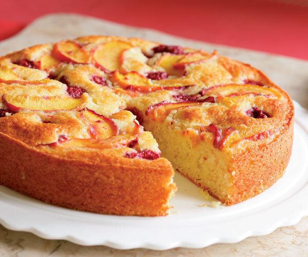 نحوه درست کیک هلو خوشمزه
