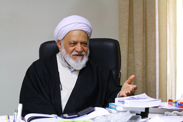 ادعای مصباحی مقدم: هاشمی پنهان شد تا در مراسم تنفیذ احمدینژاد شرکت نکند / فیلم