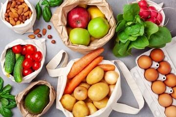 هرگز این ۸ خوراکی را با معده خالی نخورید
