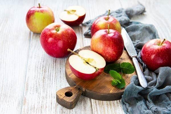کاهش خطر ابتلا به دیابت با مصرف روزانه سیب