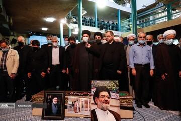 تشییع پیکر حجتالاسلام سیدعلیاکبر محتشمیپور در حسینیه جماران / تصاویر