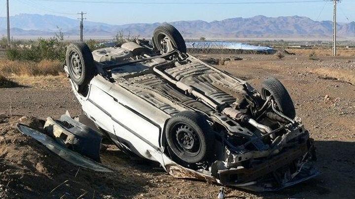 واژگونی خودرو در بوئین زهرا با ۴ کشته و زخمی