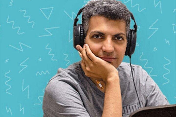استایل جالب عادل فردوسیپور در کلاس مجازی دانشگاه / عکس
