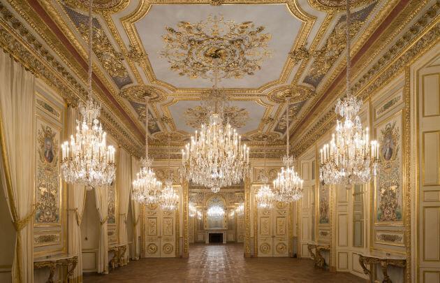 بازگشایی یک هتل به روی بازدیدکنندگان پس از ۲۰۰ سال / فیلم