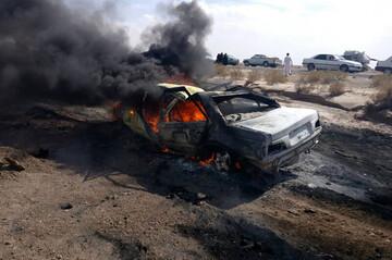 آتش سوزی وحشتناک خودرو پژو پارس در اتوبان آزادگان تهران / فیلم