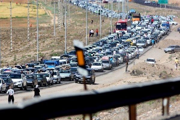 آخرین وضعیت ترافیکی جادههای کشور عصر جمعه ۲۱ خرداد   ترافیک سنگین در محورهای هراز، چالوس و فشم
