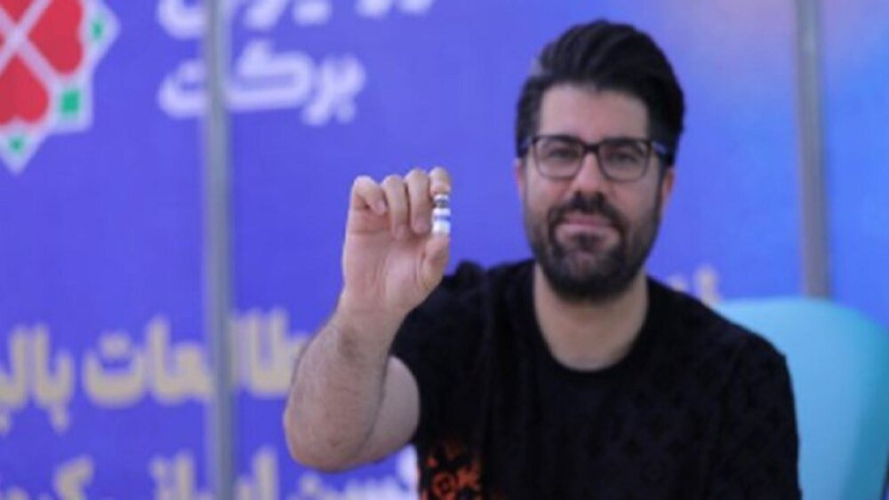 کدام هنرمندان واکسن ایرانی کرونا تزریق کردند؟