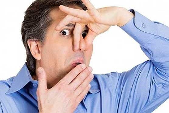 علل شایع بوی بد دهان چیست؟ | درمانهای خانگی و طب سنتی موثر برای رفع بوی بد دهان