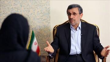 توصیه دستیار وزیر اطلاعات به احمدینژاد: روند روان درمانی خود را پیگیری کن
