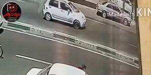 سرقت گوشی از دست رانند خودرو در جنت آباد تهران / فیلم