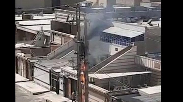 آتش گرفتن کابلهای برق در اهواز بر اثر گرما / فیلم