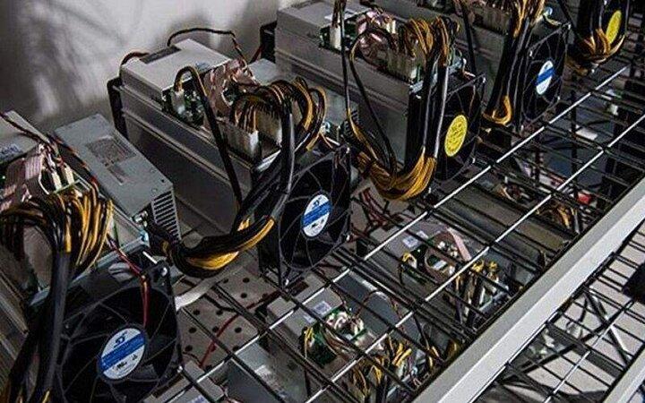 بازار فروش ماینر داغ است /  آیا میتوان به شکل کاملا قانونی دستگاه ماینر خرید؟