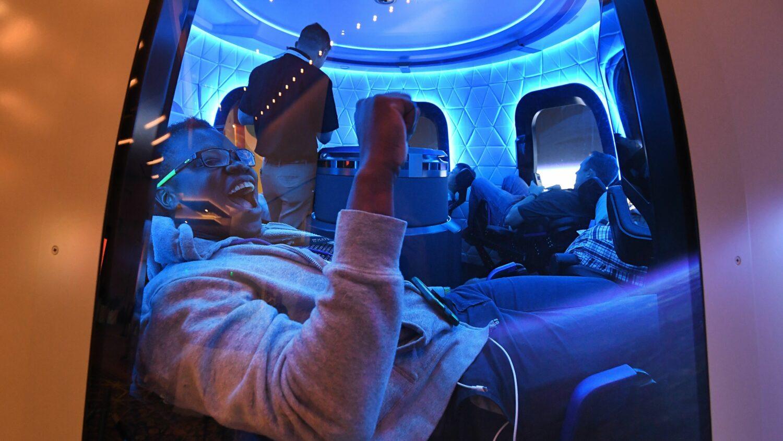 یک پرواز ۱۱ دقیقهای به فضا با قیمت ۲۸ میلیون دلار به مزایده گذاشته شد