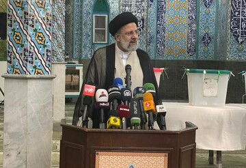 سخنان ابراهیم رییسی بعد از رای دادن: من خادم تکتک مردم ایرانم