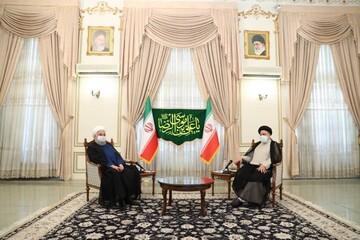 نخستین عکس از حضور روحانی در دفتر رئیسی