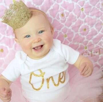 آیا موی نوزادان تازه به دنیا آمده حاوی طلا است؟