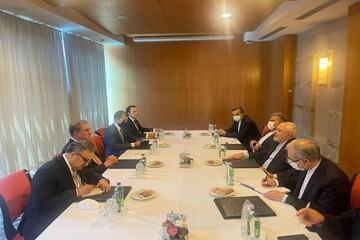 دیدار ظریف با وزیر امور خارجه پاکستان در آنتالیا