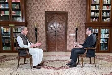 وزیر خارجه پاکستان نسبت به جنگ داخلی در افغانستان هشدار داد