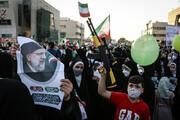 شعارهای توهینآمیز به دولت روحانی در جشن پیروزی حامیان رییسی / فیلم