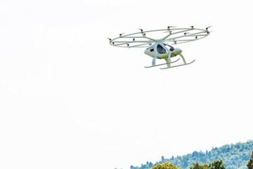 پرواز آزمایشی اولین تاکسی پرنده /  فیلم