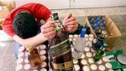 ماجرای توزیع مشروبات الکلی مرگبار به جای ماءالشعیر در کرمان / ۴ نفر جان باختند