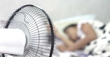 معایب خوابیدن جلوی باد پنکه و کولر / چه کسانی نباید جلوی باد پنکه و کولر بخوابند؟