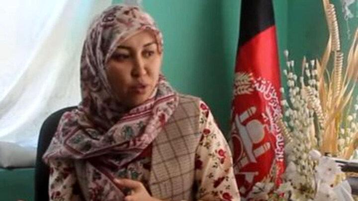 سلیمه مزاری کیست؟!   زن مبارز متولد تهران در خط مقدم جنگ با طالبان ! / عکس