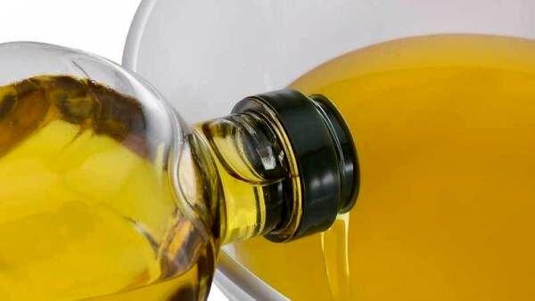 روغن مایع بدتراست یا روغن جامد؟ | مضرات مصرف روغن مایع و روغن جامد