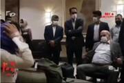 واکنش مجری تلویزیون به مدل نشستن عیسی کلانتری!