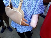 درگیری وحشتناک خیابانی در تهران / دست جوان ۱۸ ساله قطع شد! + عکس