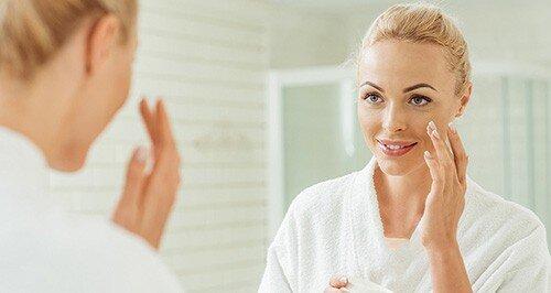 جوانسازی پوست صورت در خانه با چند ترفند ساده
