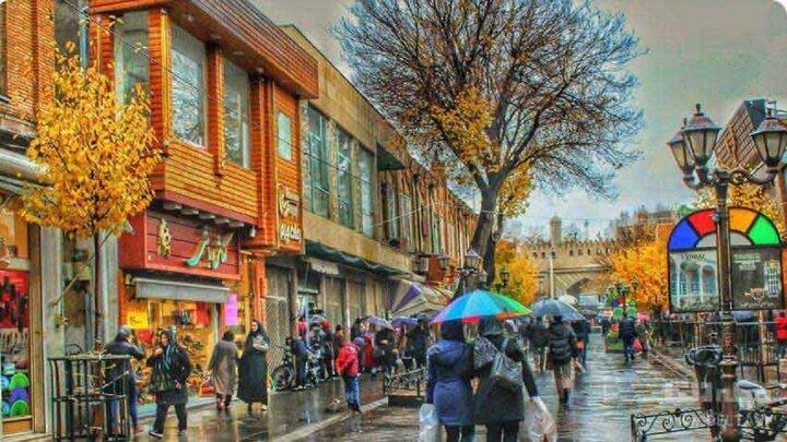 فیلمی از بارش باران در تبریز در اوج گرمای تابستان