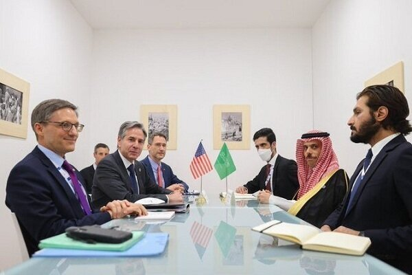 گفتگوی وزرای خارجه آمریکا و عربستان درباره ایران