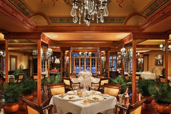 بهترین رستوران لوکس تهران کدام است؟