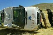 واژگونی یک دستگاه آمبولانس در حال انتقال بیمار / عکس