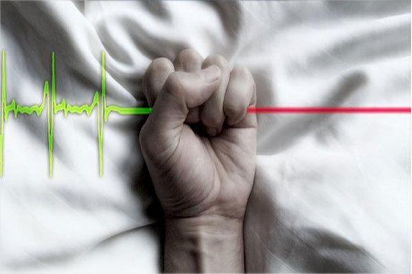 یک رزیدنت دیگر خودکشی کرد / وزارت بهداشت واکنش نشان داد