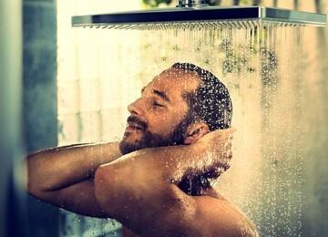 فواید بینظیر دوش آب سرد برای پوست که از آن بیاطلاعید!