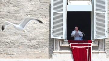 پاپ فرانسیس بستری شد