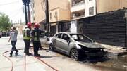 لحظه انفجار ترانس برق در اهواز؛ ۳ خودرو در آتش سوختند / فیلم