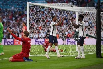انگلیس حریف ایتالیا در فینال یورو ۲۰۲۰ شد