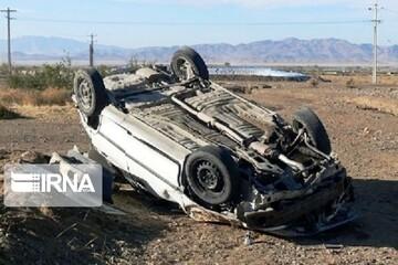۶ زخمی بر اثر واژگونی سمند در محور نایین-یزد
