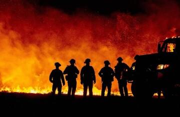 وقوع آتشسوزی بر اثر گرمای بیسابقه در آمریکای شمالی