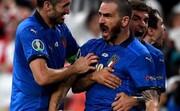 فریادهای کنایه آمیز بونوچی خطاب به هواداران انگلیس پس از فتح جام / فیلم