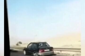 حرکت عجیب راننده پراید در اتوبان رانندگان دیگر را شوکه کرد / فیلم