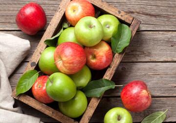 خطرات مرگبار خوردن هسته این میوه