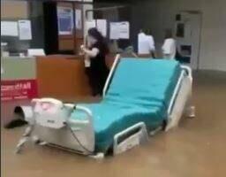 به زیر آب رفتن بیمارستانی در آلمان / فیلم