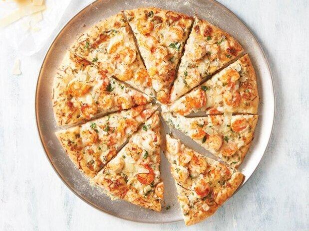 طرز تهیه پیتزا میگوی خوشمزه