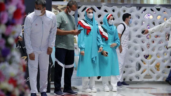 انتقاد از لباس رسمی کاروان ایران در المپیک / تصاویر