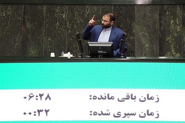 قانع شدن نماینده آبادان از توضیحات وزیر ارشاد